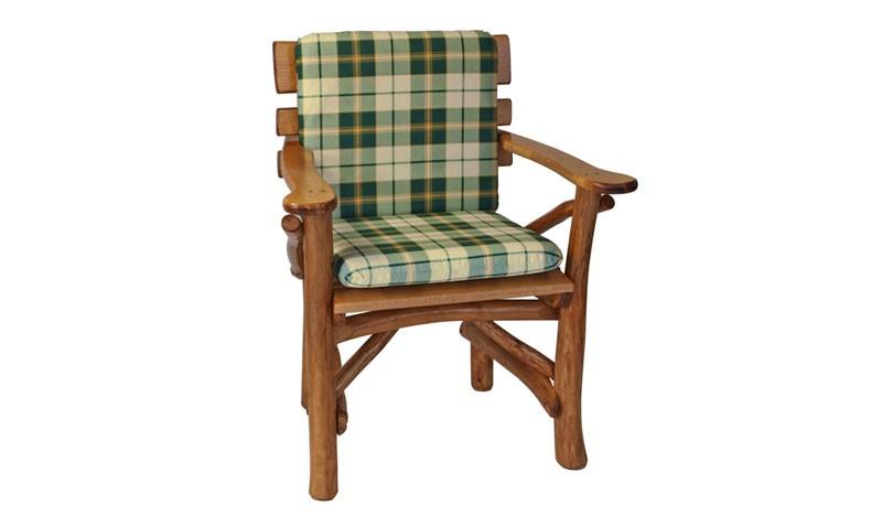 Auflagen für Gartenstühle in grün-kariert.