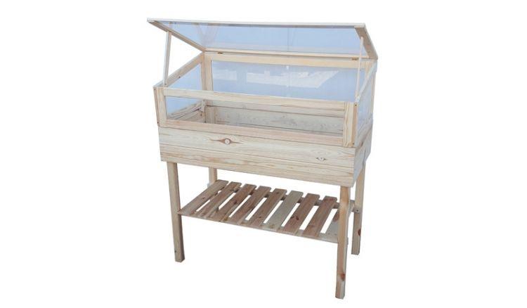Dank des schlissbaren Aufsatzes können Sie das Hochbeet Brodersby auch als Frühbeet einsetzen - die Pflanzen sind vor Ungeziefer und Kälte geschützt.