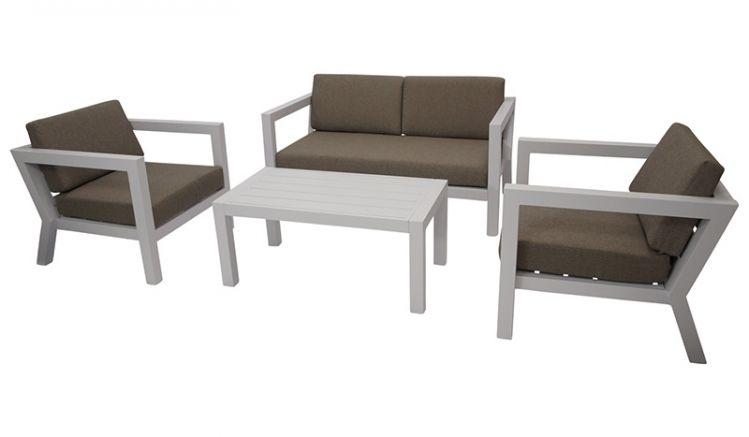 Modern und komfortabel: Loungeset aus weißem Aluminium, bestehend aus zwei Sesseln, einem Sofa und passendem Tisch