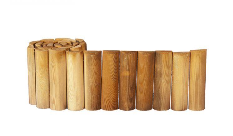 Die Beetinfassung aus Holz: Druckimprägniertes Kiefernholz sorgt für Langlebigkeit
