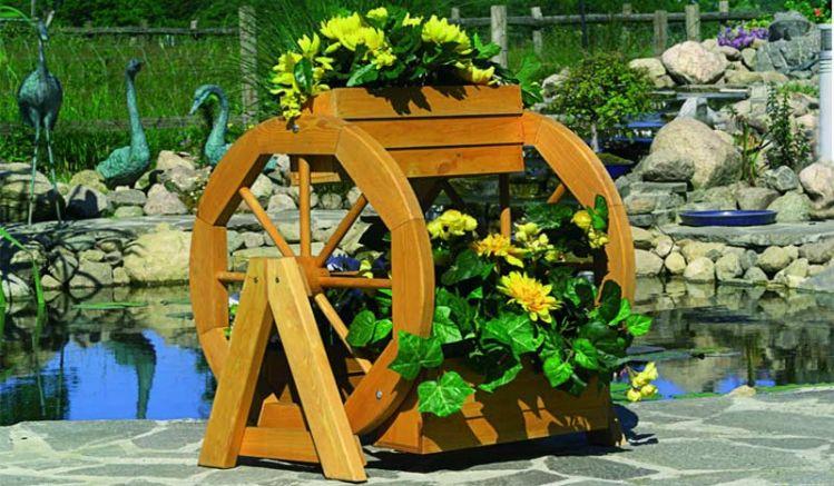 Massiver 59 x 55 x 63 cm Blumenständer aus tauchimprägniertem Nadelholz im Farbton Honigbraun