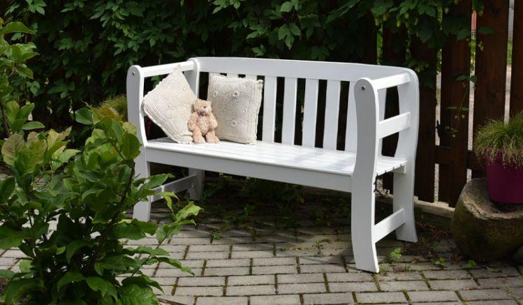 Pittoreske 132 x 47 x 80 cm Garten Sitzbank aus FSC-zertifizierter Kiefer/Fichte mit Armlehnen für 2 Personen. Holz fungizid vorbehandelt und doppelt farbgrundiert