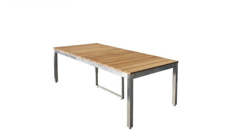 Dank seiner Maße von ca. 160 x 90 x 73,5 cm bietet der hochwertige Tisch der ganzen Familie Platz und lässt sich auf bis zu 220 cm ausziehen.