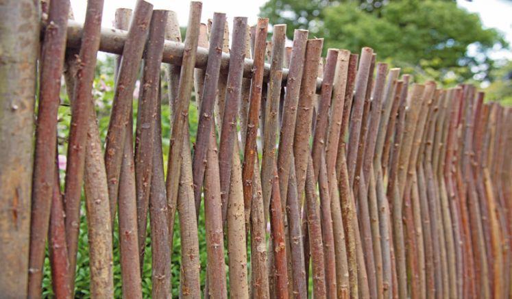 Haselnuss Gartenzaun mit Format 180 x 80 cm