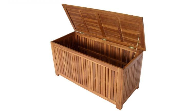 Die Kissentruhe Vannes bietet mit einem Innenmaß von ca. 108 x 44 x 48 cm ausreichend Platz für Ihre Auflagen.