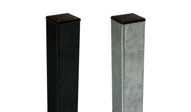 Sie erhalten den Stahl Zaunpfosten in zwei Ausführungen: feuerverzinkt und schwarz (ähnlich RAL 9005) pulverbeschichtet