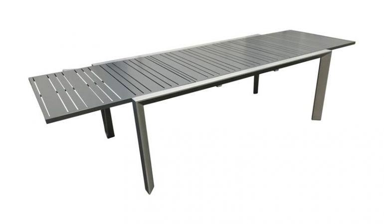 Der ausziehbare Aluminiumtisch Calma I verspricht einen stabilen Halt und einen modernen Stil.