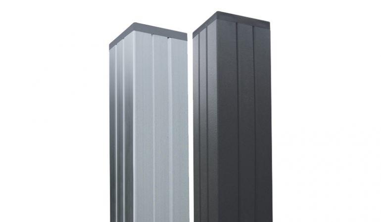 er 6,8 x 6,8 cm WPC Alupfosten Trent kann in den Farben Silber und Anthrazit in den Längen 270 cm (zum Einbetonieren) und 180 cm (zum Aufschrauben) bestellet werden