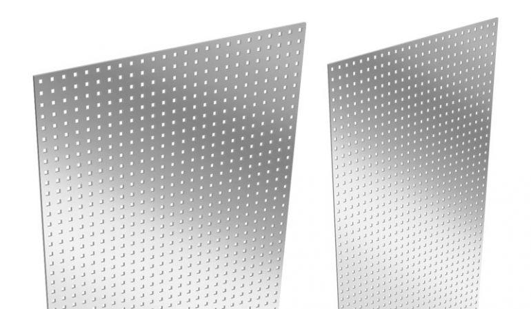 Unser BPC Lochblecheinsatz aus Aluminium ist in den Maßen 180 x 15 x 0,1 cm oder 180 x 30 x 0,1 cm erhältlich.