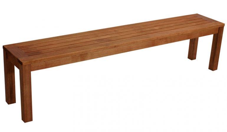 3er Hockerbank aus Holz mit einer Breite von 190cm.