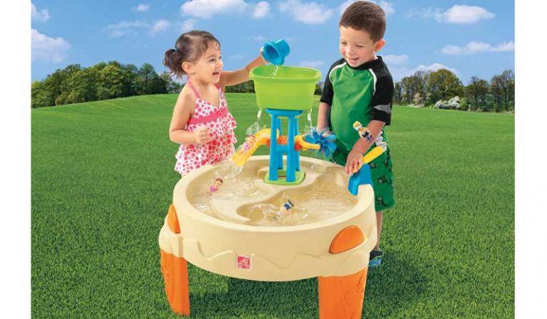 """Kinder Wassertisch """"Melissa"""" aus pflegeleichtem und winterfestem Kunststoff. Maße: 80 x 80 x 79; inkl. Accessoirees"""
