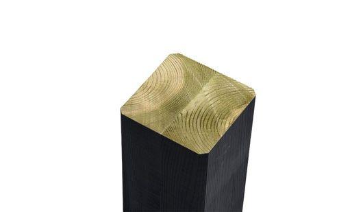 Der Leimholzpfosten mit einem Maß von 9 x 9 cm. Durch die Verleimung besteht keine Möglichkeit, dass der Pfosten sich verzieht.