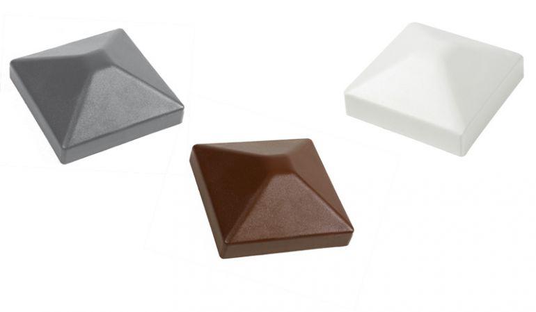 Pfostenkappe Kunststoff - erhältlich in den Maßen: 7 x 7 und 9 x 9 cm.