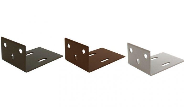 Das WPC Zaun Befestigungs Set besteht aus 6 Winkeln und 30 Schrauben und ist in braun, anthrazit und silbergrau erhältlich
