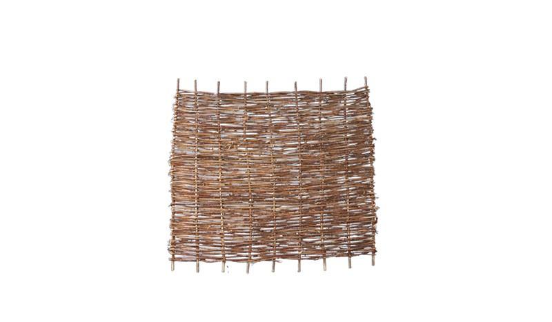 Sichtschutzzaun aus Haselnussästen mit einem Maß von 180 x 150cm