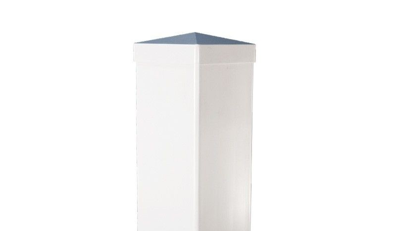 Kunsttsoffpfosten für die Zaunserie Lightline. Maße: 9 x 9 x 150 cm