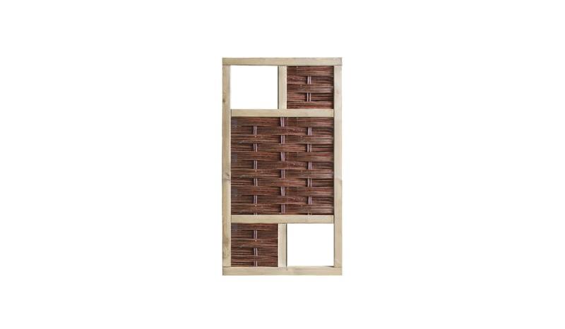 Das Weidegeflechtsystem 3D mit seinen 36 x 36cm großen Fenster bietet Ihnen vielfältige Gestaltungsmöglichkeiten: Die Fenster können mit Insektenhotels, Futterhäusern für Vögel oder Pflanzkästen gefüllt werden.