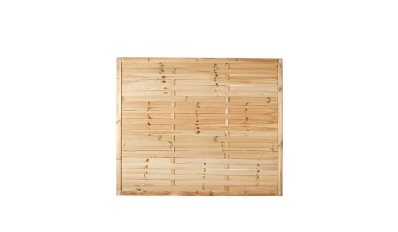 Ein Dichtzaun aus druckimprägniertem Holz mit dem Maß: 180 x 150cm