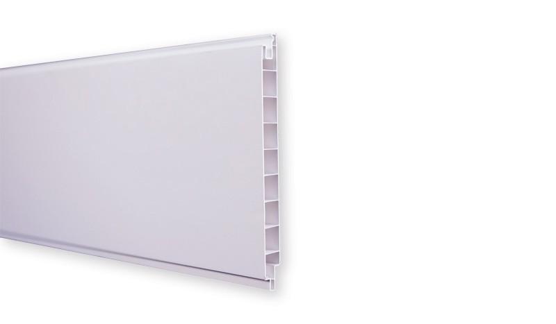 Die Lamellen des München Steckzauns haben ein Nut- und Federprofil und das Maß 180 x 20 x 1,7 cm. Sie bestehen aus pflegleichtem Fensterkunststoff und haben eine weiße Farbe.