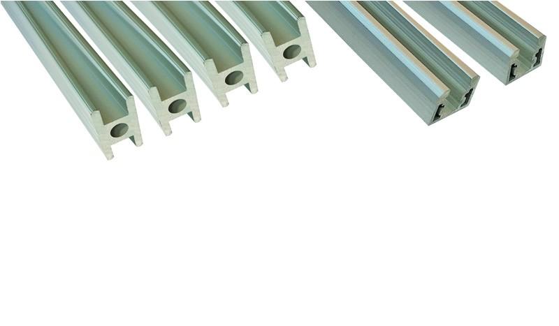 HPL Torleisten-Set für Torfüllungen inkl. Zwischenleisten, Seitenteilen und Schrauben in Silber