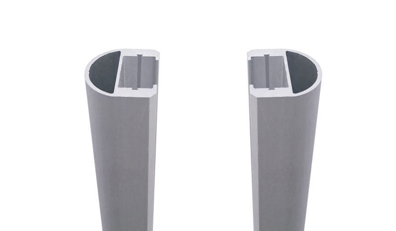 Silberne Universalleisten zum Befestigen der Glaselemente Als. Inkl. Dichtung in schwarz